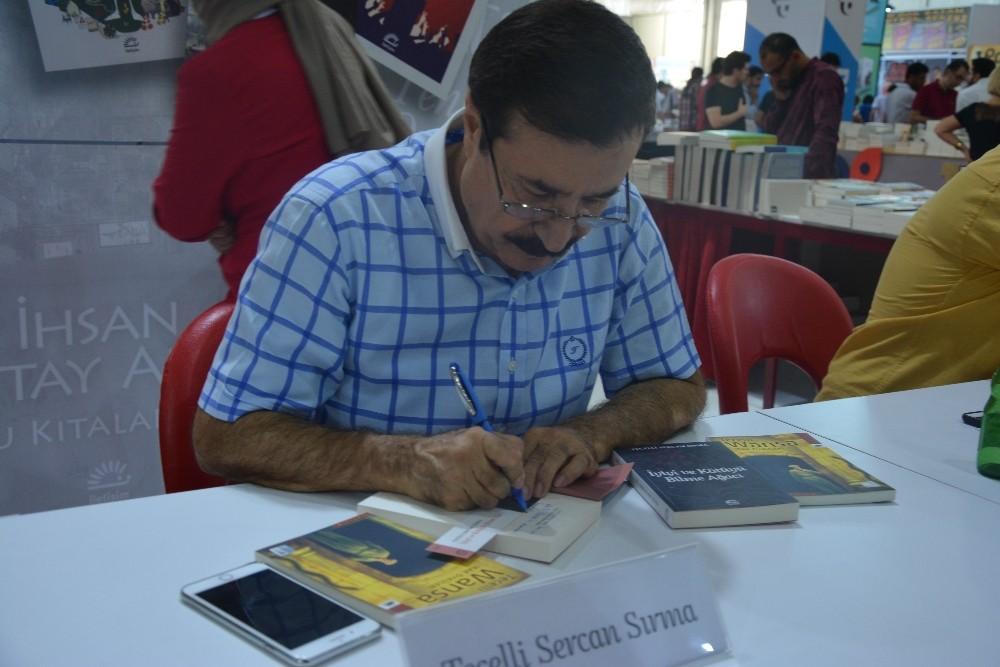 Siirtli yazarın kitabı Türkiye'de en çok satılan kitaplar arasında yerini aldı