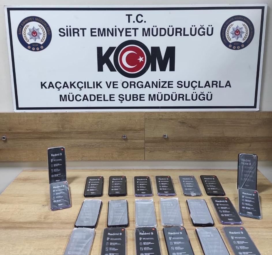 Siirt'te 79 adet kaçak cep telefonu ele geçirildi