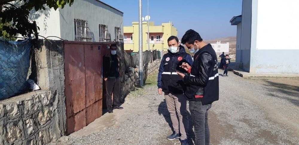 Siirt'te 40 kişilik teknik ekip deprem hasar tespit çalışmalarına devam ediyor