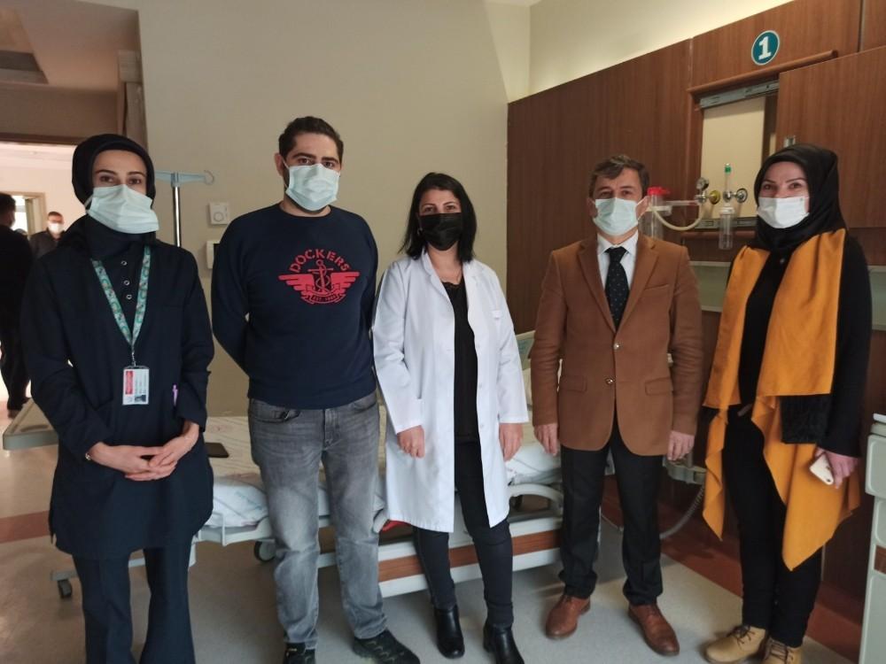 Siirt'te sağlık çalışanlarının yüzde 50'si aşılandı