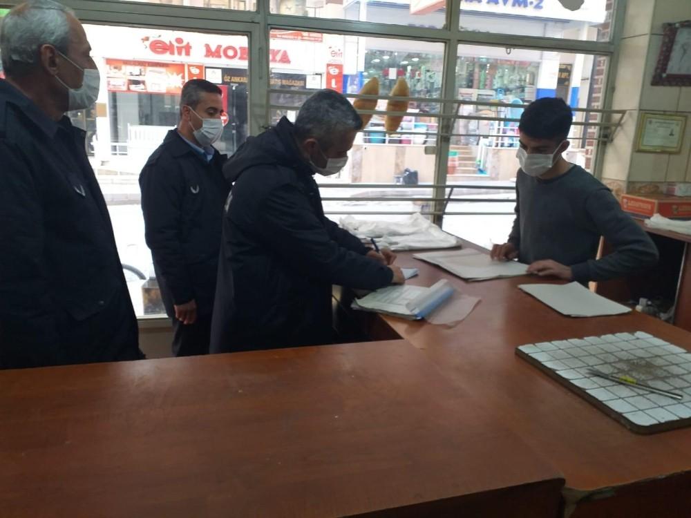 Siirt'te zabıta ekiplerinden kaldırım işgali denetimi
