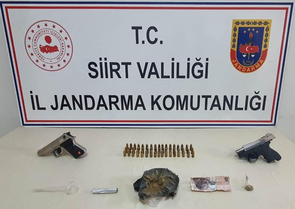 Siirt'te uyuşturucu operasyonu: 4 kişi tutuklandı