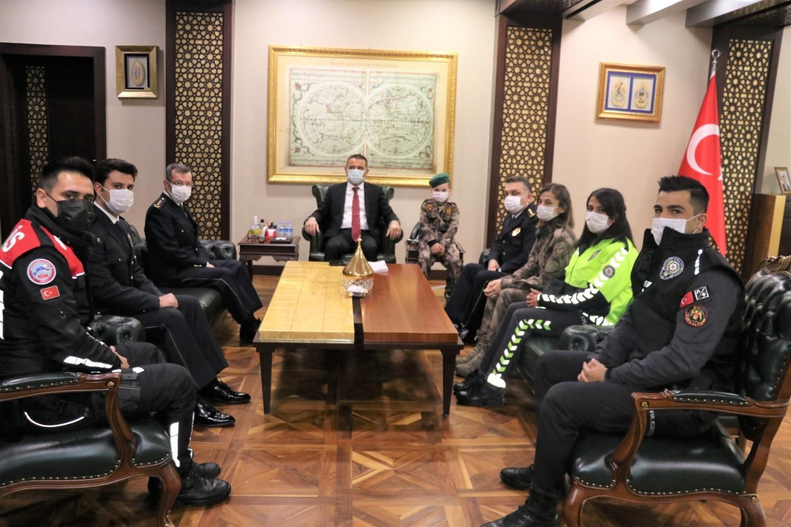 Siirt Valisi Hacıbektaşoğlu, Polis Teşkilatının 176. kuruluş yıl dönümünü kutladı