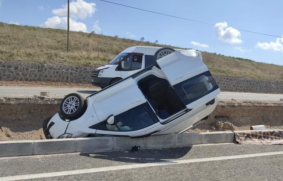 Siirt'te meydana gelen trafik kazasında 3 kişi yaralandı