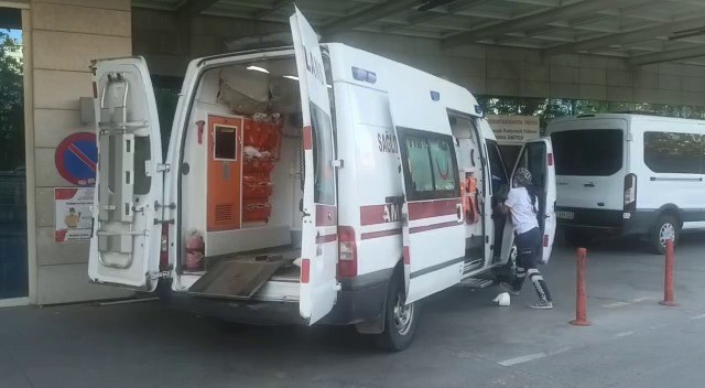 Siirt'te motosiklet devrildi: 1 yaralı