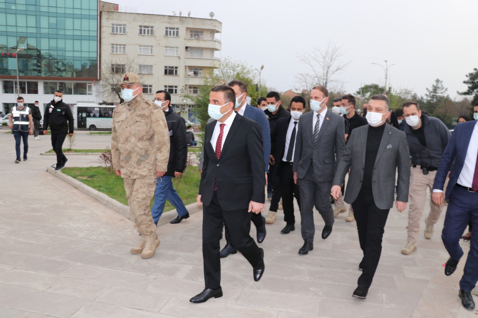 Siirt'te vakalar artınca Vali Hacıbektaşoğlu denetimleri sıklaştırarak vatandaşları uyardı