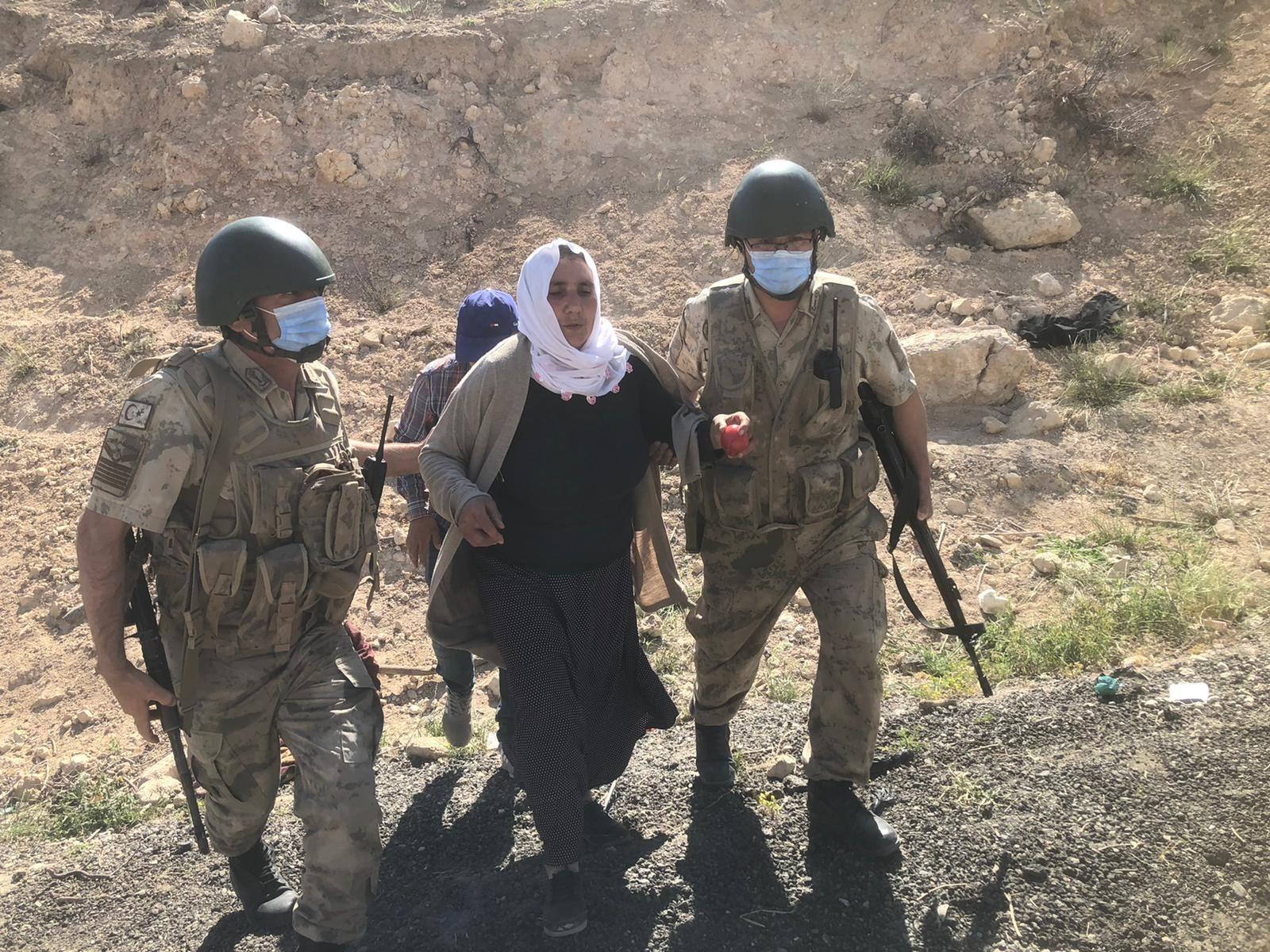 Siirt'te akrebin soktuğu kadın için Mehmetçik seferber oldu
