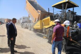 Siirt Valisi Hacıbektaşoğlu asfalt çalışmalarını denetledi