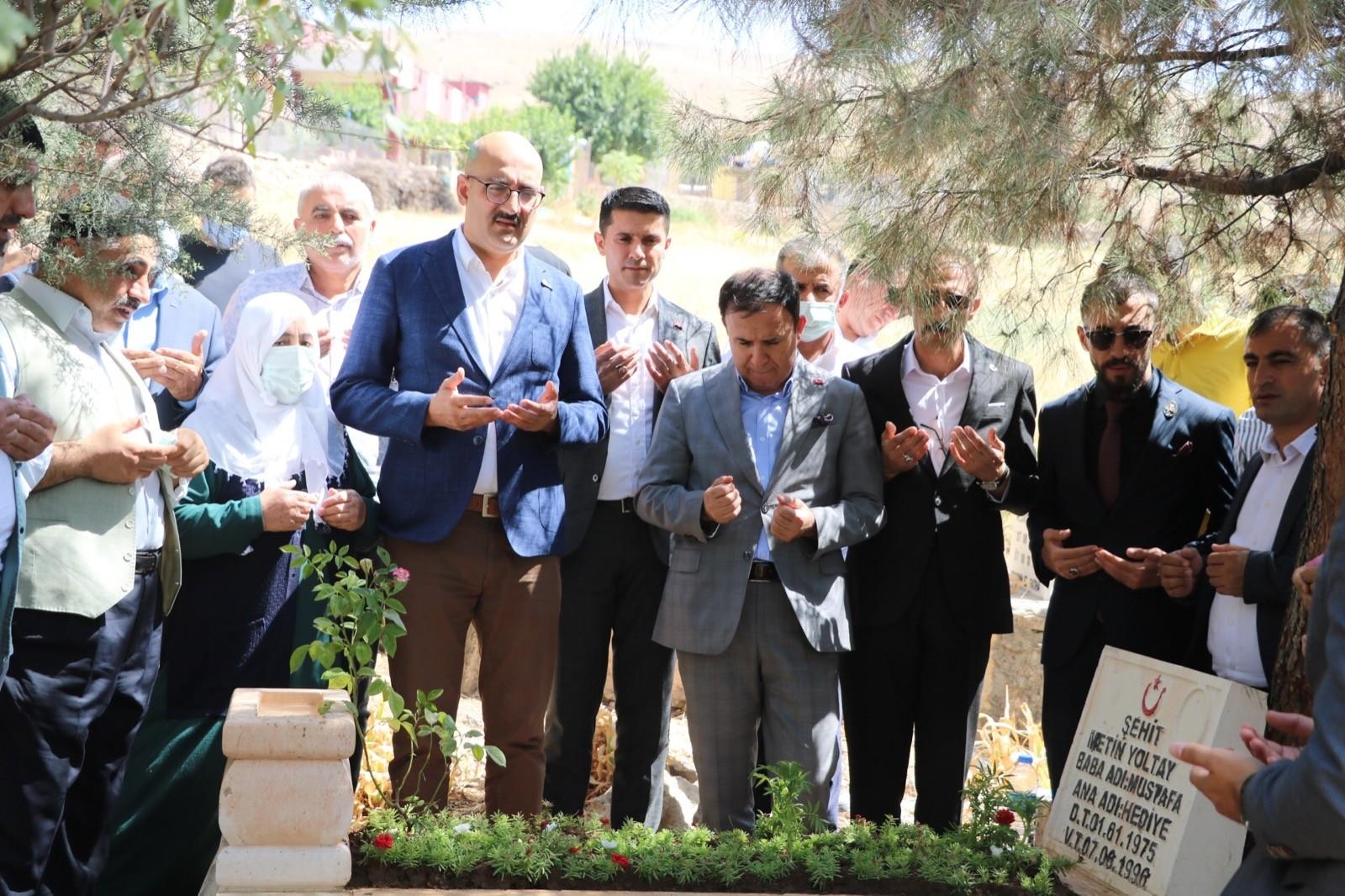Siirt'te şehit mezarları yenilendi, Şehitler Anıtı Çeşmesi dualarla açıldı