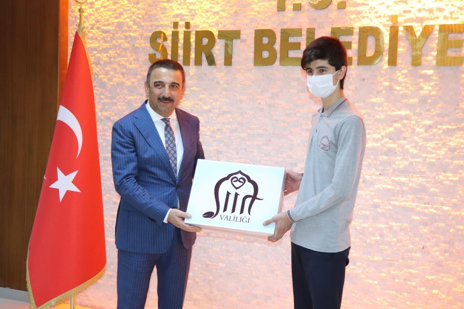 Suriyeli genç LGS'de Türkiye birinciliğini paylaşan 97 öğrenciden biri oldu